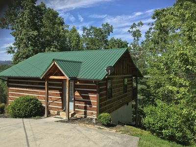 Photo for WOOD FIREPLACE Mtn VIEWS *QUIET  3 mins Pigeon Forge  PERFECT LOCATION