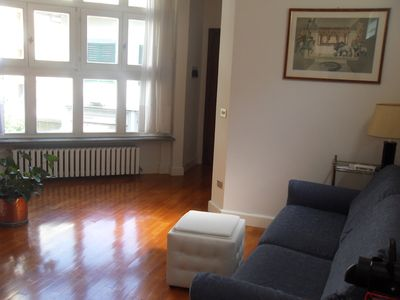 Photo for Bright apartment in central Florence, near the main railway station