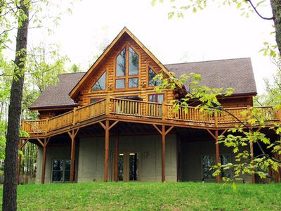 Beautiful cabin located in the hills of WV!