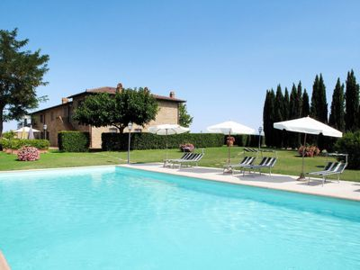 Photo for Pancole Apartment, Sleeps 4 with Pool and Free WiFi