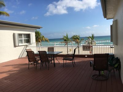 Photo for 2 Cozy beachfront efficiency with ocean deck! 2