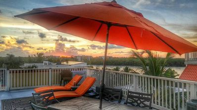 VIEWS! VIEWS! LUXURY GULF FRONT home $249 a night special Sept/Oct~Any 7  days! - Marathon