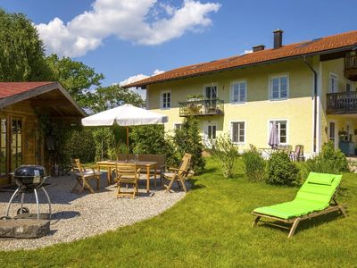 Photo for Holiday apartment Übersee for 2 - 4 persons with 2 bedrooms - Holiday apartment