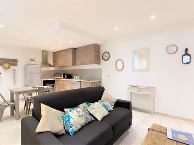Photo for Apartment ideally located in the center of Montpellier and close to shops
