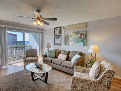 Photo for Gorgeous Condo w/Balcony, Sauna, Pool, Tennis, Private Beach Access, & More!