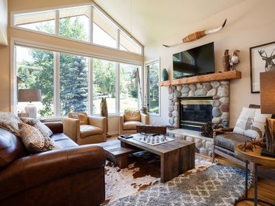 Photo for Conveniently Located Close To Mountain & Downtown Steamboat!