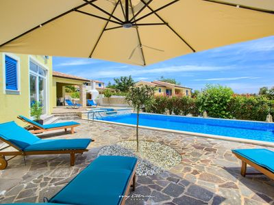 Photo for Great family villa with pool in Central Istria