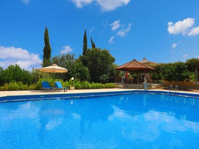Photo for Villa Athina Finiki: Private pool and gardens, A/C, Wi Fi, sea views
