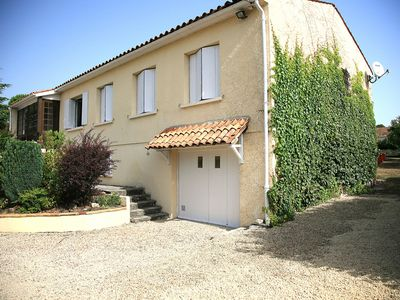 Photo for Villa with private pool close to Cognac ideal for fishing, cycling and golf
