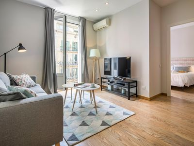 Photo for HABITAT APARTMENTS - Modern 2 Bedrooms Apartment in the City Center