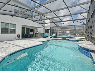 Photo for Stunning Home 6 Ensuites Close to Disney