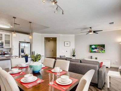 Photo for (FV4) NEW Sophisticated Mission Valley 2BR/2BTH With Pool, Gym, & Executive Club Room  (10 Minutes To Downtown)