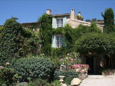 Photo for Charming 18th Century Luberon Country Home with Pool Between Gordes & Roussillon
