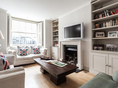 Photo for Campden Street V - luxury 3 bedrooms serviced apartment - Travel Keys