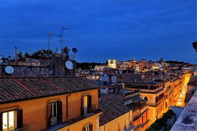 Piazza di Spagna - view of the city