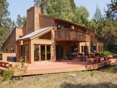 Photo for 7 Fir Cone Lane: 4 BR / 3 BA home in Sunriver, Sleeps 8