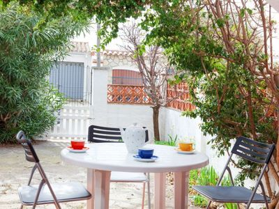 Photo for Vacation home La Catalana in L'Escala - 5 persons, 2 bedrooms