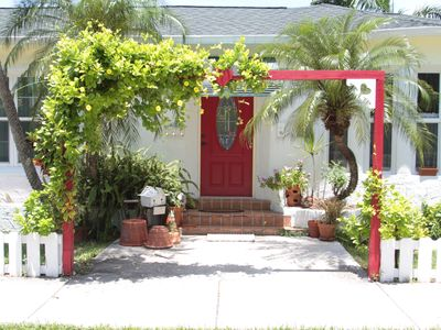 Photo for Charming 2 BR Cottage, Blocks from Beach & Downtown Hollywood, Pets OK