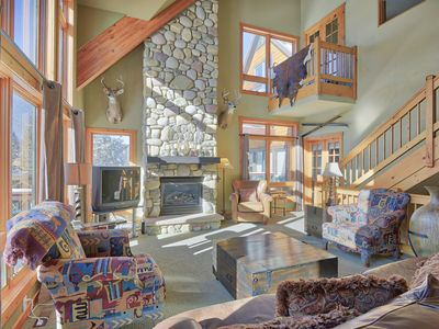 Photo for 4 Bed 3 Bath Luxury Trademark Home - 1/4 mile from the slopes (sleeps 9 to 11