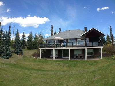 Photo for Modern and Spacious Acreage Home With Amazing Mountain Views