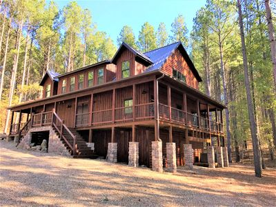 Incredible secluded, private luxury cabin!  No compromises, ADA friendly
