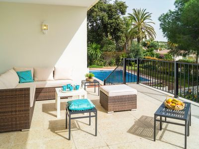Photo for This 4-bedroom villa for up to 10 guests is located in Marbella and has a private swimming pool, air