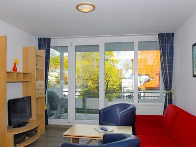 Photo for B 04: 58m², 3-room, 6 pers., Balcony, H - F-1089 Haus Mecklenburg in the Baltic resort of Göhren