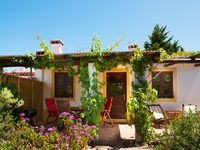 Lovely quiet rural holiday house 5km from Aljezur and 15 mins from the coast.