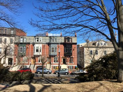 Photo for Fully furnished 1875 brick townhouse, includes all utilities
