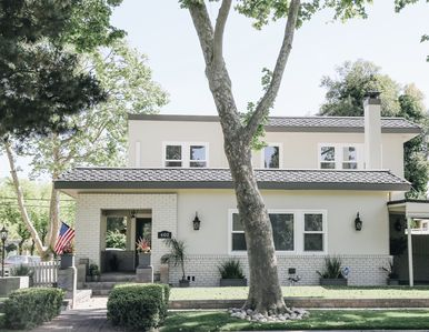 Photo for Beautiful renovated downtown Lodi home two blocks from wine, shops, restaurants