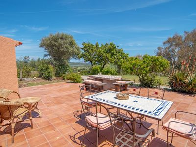 Photo for Holiday Home in Idyllic Location with Wi-Fi, Garden and Sea View; Parking available; Pets allowed
