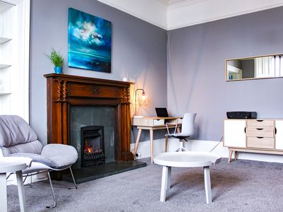 Photo for Anchored | Spacious Apartment in Glasgow's Southside