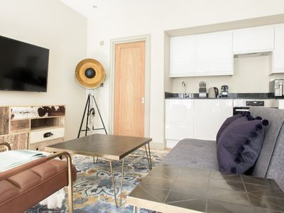 Photo for The Mayfair Parade - Trendy 1BDR Pied-a-Terre in Central London