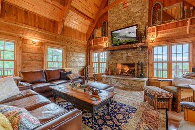 Welcome to The Big Skye Lodge in Valle Crucis