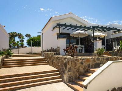Photo for Relaxing retreat in Maspalomas Lago - Fully renovated bungalow