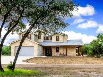 Photo for Hill Country Hideaway a Concan Luxury Home