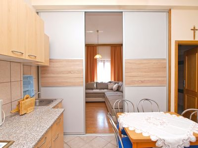 Photo for Apartment for 4 people with 2 bedrooms (ID 10006)