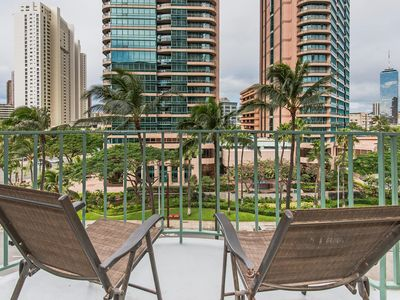Photo for Beautiful 2BR, 1BA Waikiki Condo with Free Parking On-Site and Renovated!