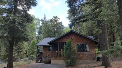 "Photo for Lovely ""Mountain Music"" Cabin on Palomar Mountain Sleeps 4 to 8"