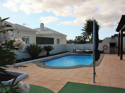 Photo for Wonderful villa 4 bedrooms, private pool, A / C, Wifi, Sat TV