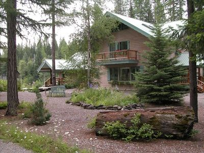 Mountain Cleft Retreat is Nestled in the Glacier Wilderness