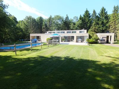 Spectacular  Modern House with pool in the woods with optional Sailing cruises