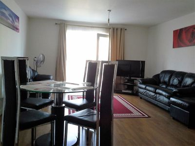 Photo for SPACIOUS 2 BEDROOM APARTMENT,SLEEPS 6