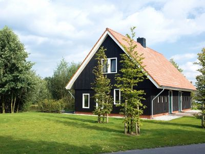 Photo for Luxury 8-person farmhouse in the holiday park Hof van Saksen - on the water/recreation lake