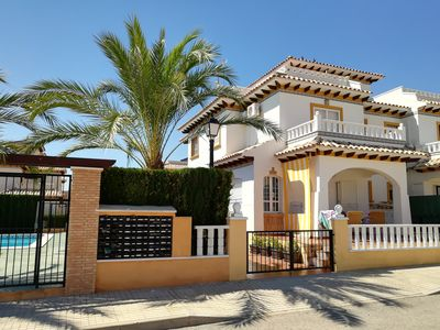 Photo for Luxury and comfort in El Pinet overlooking the sea and next to the pool