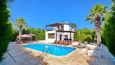 Photo for Villa With Private Pool In The Heart Of Coral Bay Offering Privacy And Seclusion