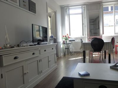 Photo for In the historic center and 2 steps from the Old Port beautiful 50m2 apartment