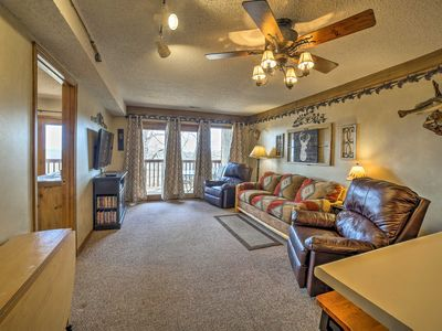 Photo for NEW! Condo w/ Pool 2 mi from Silver Dollar City!