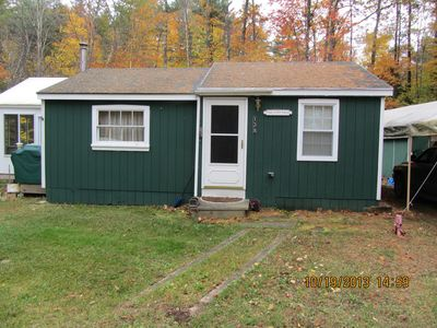 Country cottage, set back off the road, nice location, 1/2 mile to beach