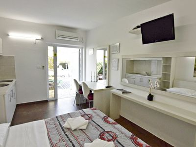 Photo for Studio in Umag, with swimming pool, jacuzzi, bicycles, near the sea, WiFi, parking